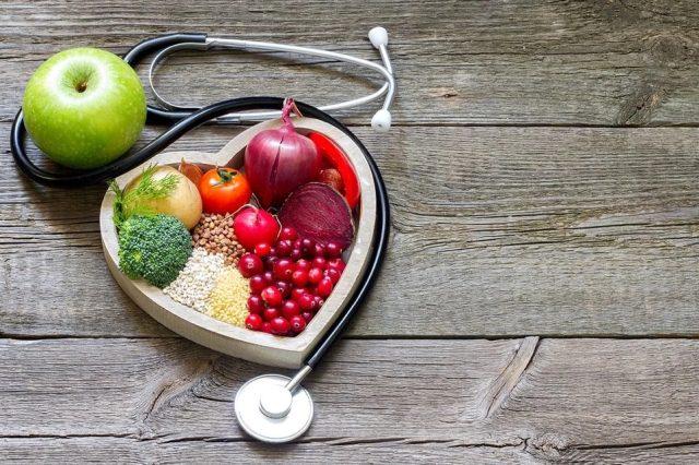 фрукты и овощи стетоскоп