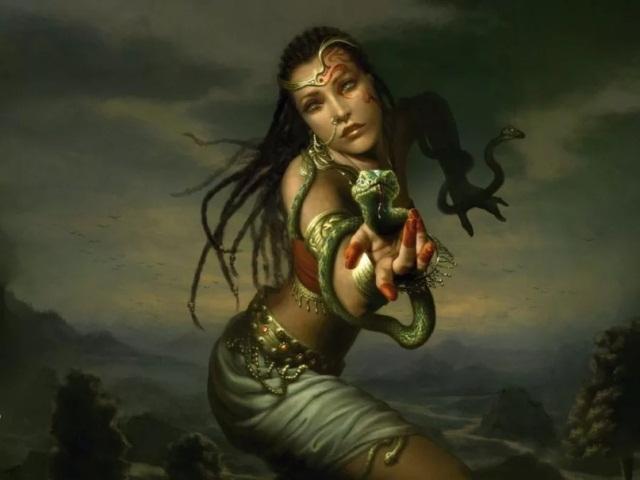 женщина и змея