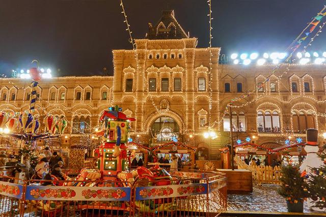 Новогодние и рождественские ярмарки в Москве в 2021-2022 году